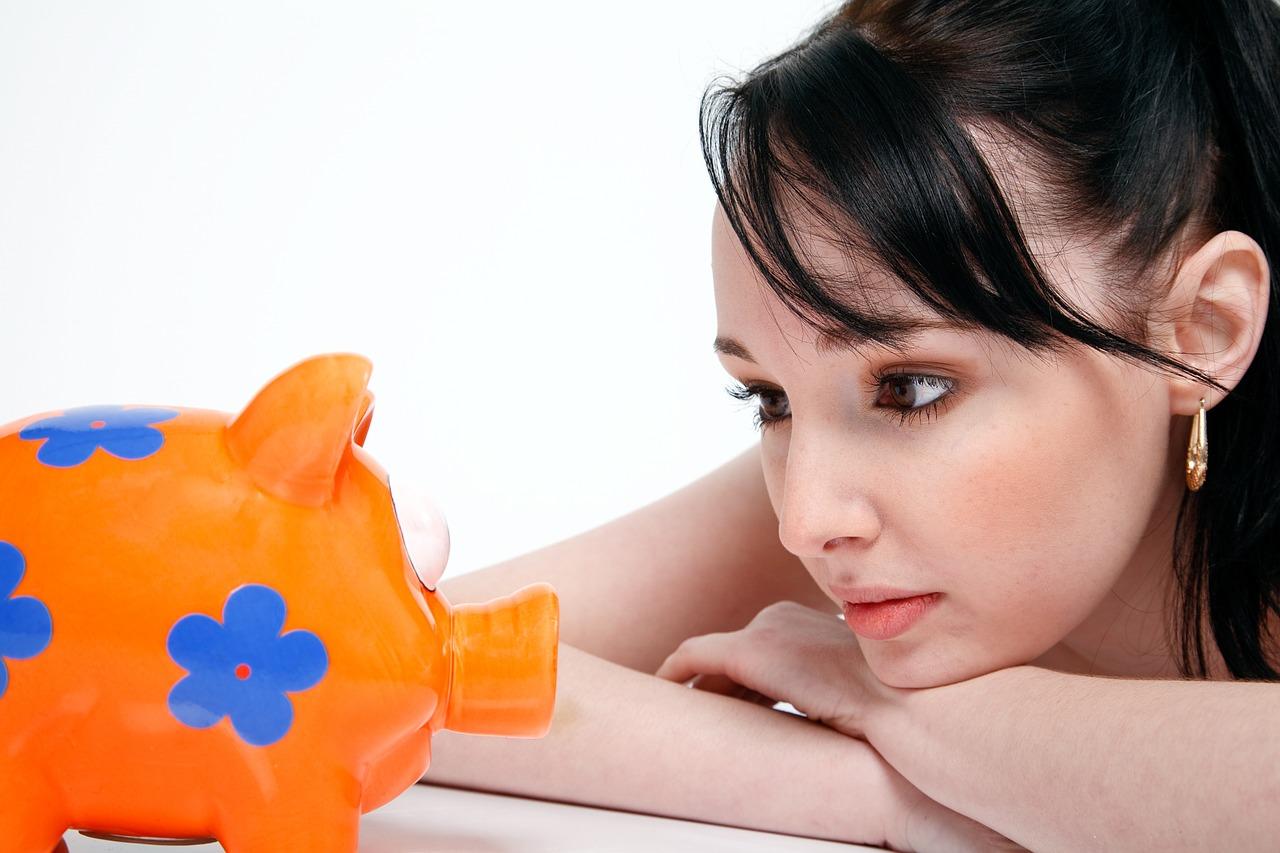 Como economizar dinheiro em tempos de crise