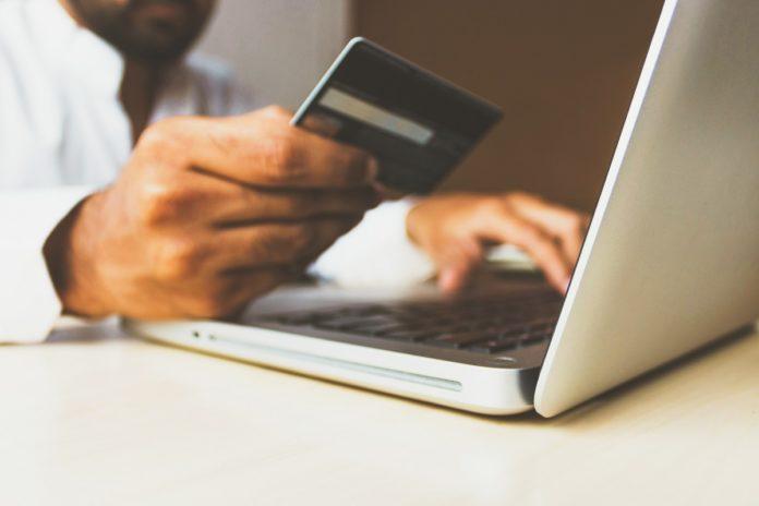 Como adiar o pagamento da fatura do cartão de crédito